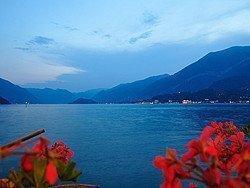 Lago de Como al atardecer