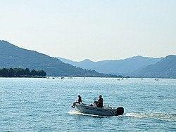 Lago de Iseo, surcando el lago en barca