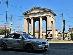 Taxi de Milan en Porta Ticinese