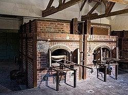 Campo de concentración de Dachau, hornos crematorios