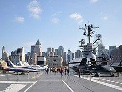 Intrepid Museum, Manhattan desde la cubierta de vuelo