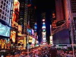 Ambiente nocturno en Times Square