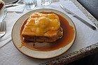 Francesinha, plato típico de Oporto