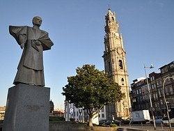 Iglesia y Torre de los Clerigos