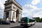 Bus in Paris, Arc de Triomphe