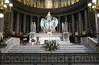 Madeleine, altar