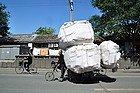 ¿Llevándose la casa en una bici?