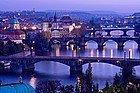 Puentes de Praga sobre el Moldava