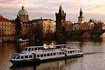 Paseo en barco por el Moldava
