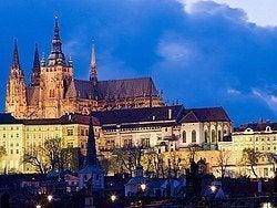 Castillo de Praga al atardecer