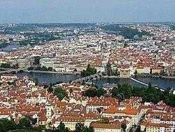 Praga desde la colina de Petrin