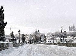 Praga nevada en invierno