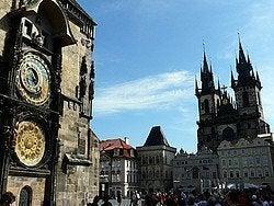 Praga: el Reloj Astronómico y la Iglesia de Tyn