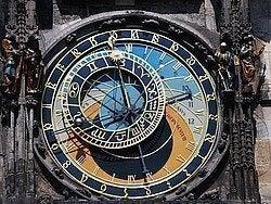 Reloj Atronómico: Figuras animadas