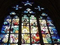 Catedral de San Vito, vidrieras