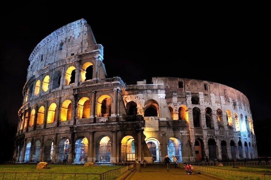 Coliseo al anochecer