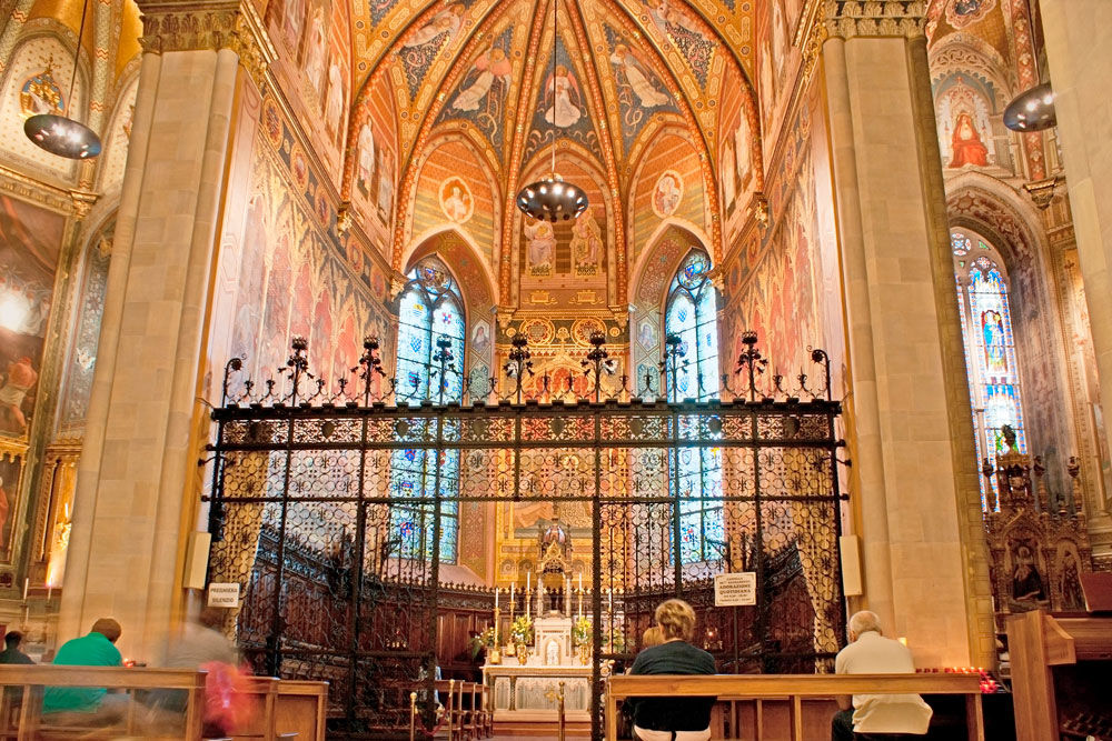 Interior de la Santa Casa de Loreto