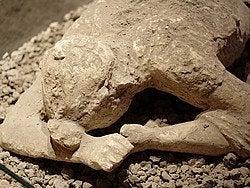 Pompeya, victima de la erupción del Vesubio
