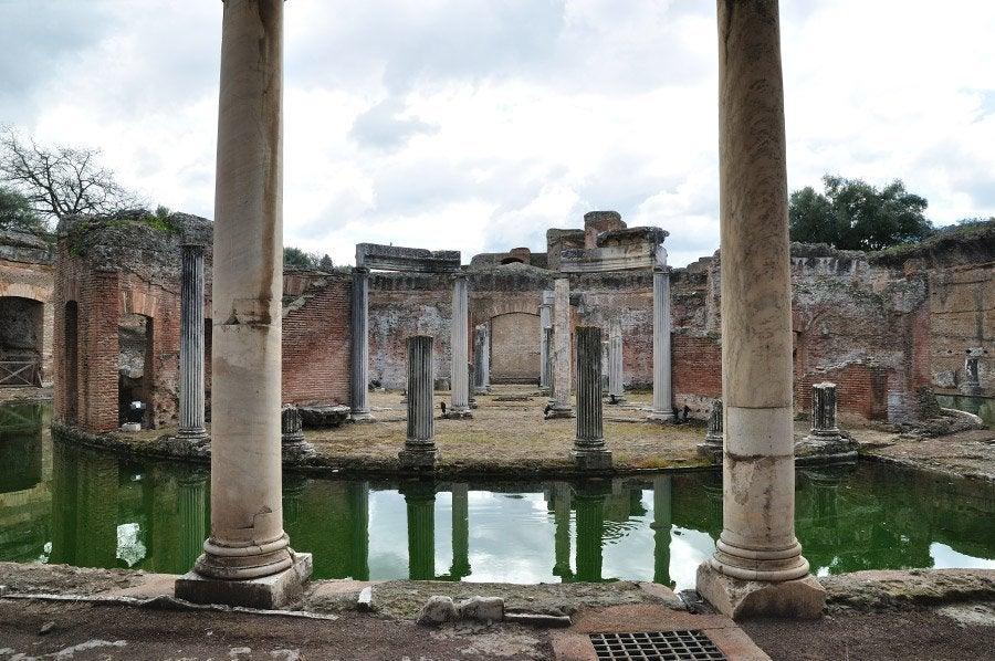 Baños Roma Teatro Linea De Sombra:Villa Adriana
