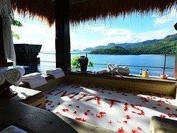 Baño relajante en Seychelles
