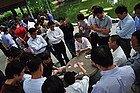 Jugando a las cartas en Remin Park