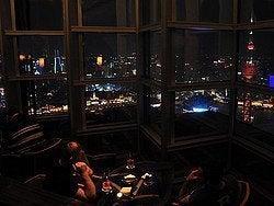 Bar Panorámico en Shanghái, Cloud 9