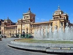 Plaza Zorrilla y Academia de Caballería