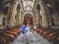 Recorriendo el interior de la Catedral de Valladolid