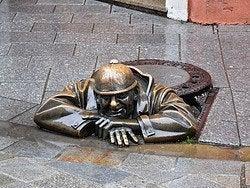 Bratislava, estatua callejera