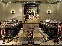 Tumba de Francisco Jose en la Cripta Imperial de Viena