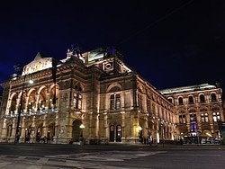 Viena, Opera