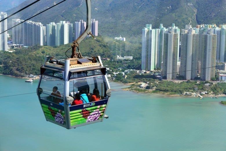 ,Excursión a Isla de Lantau,Teleférico Ngong Ping 360