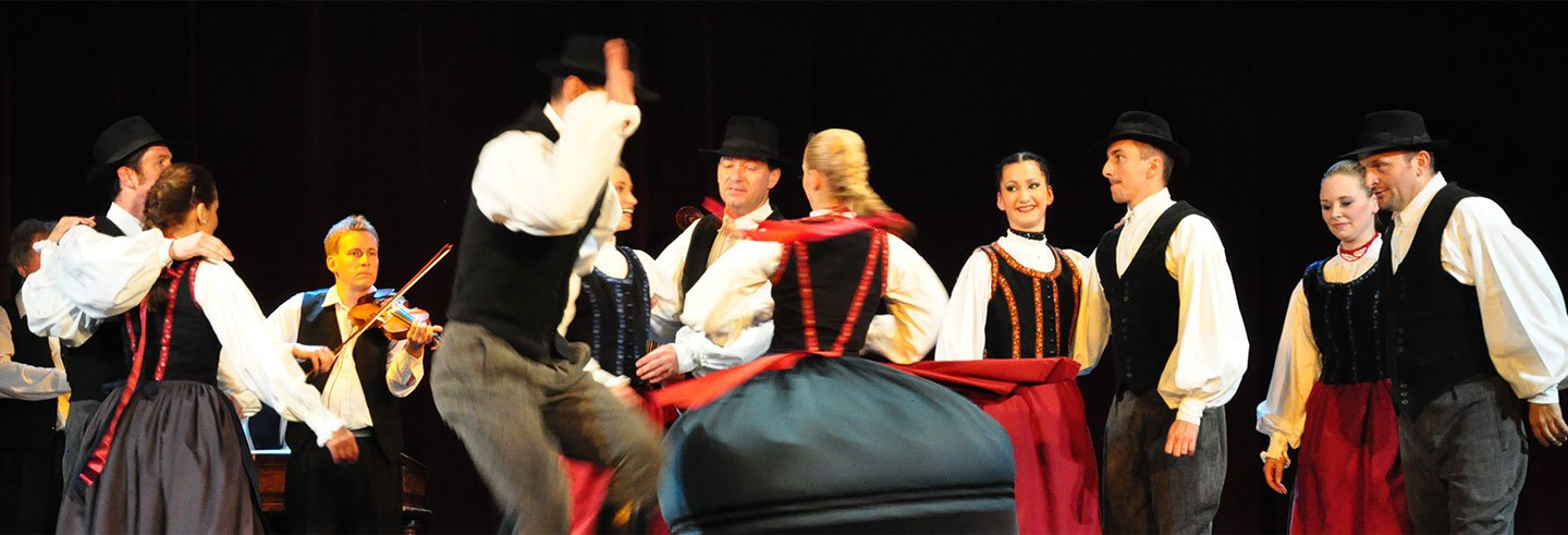 Folclore húngaro