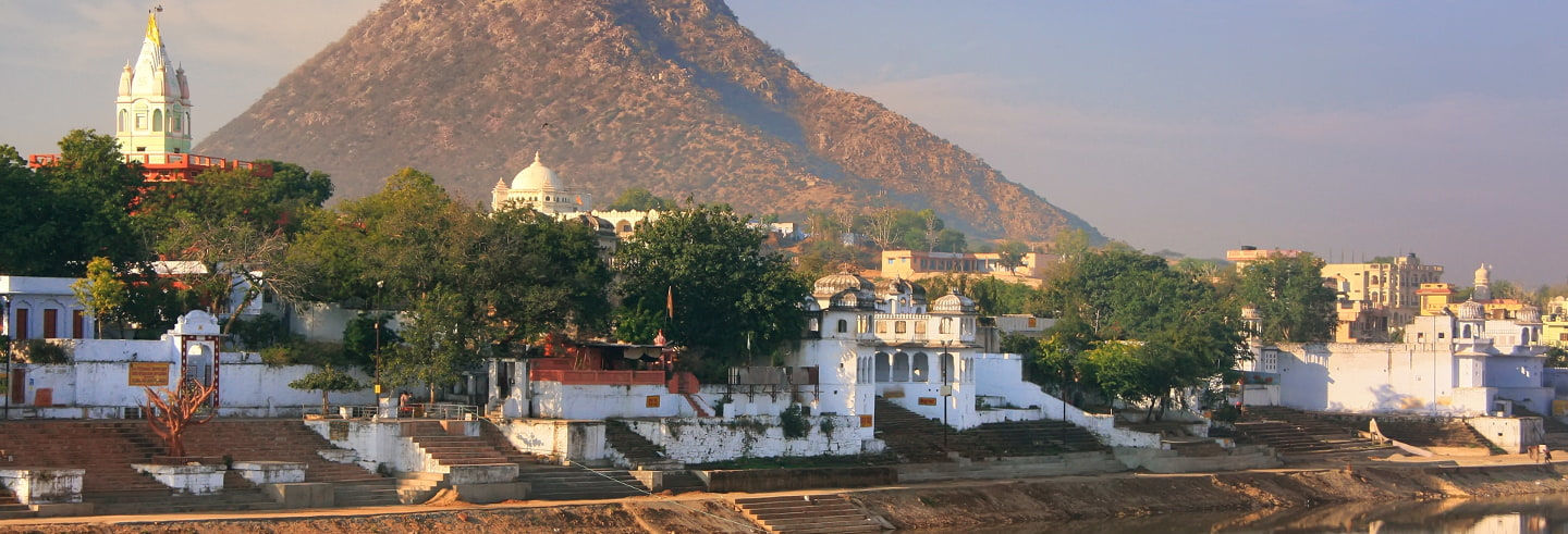 Tour por los templos de Púshkar