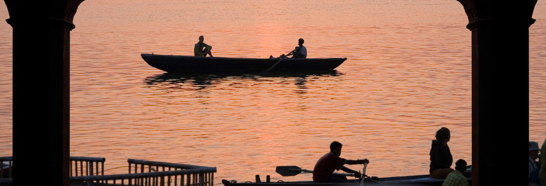 Ganga Aarti & Sunrise Boat Trip