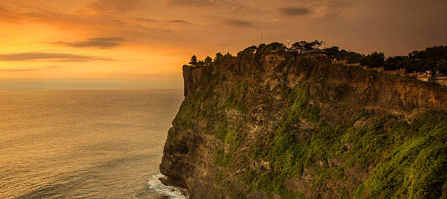 Sur de Bali, Templo Uluwatu y Jimbaran