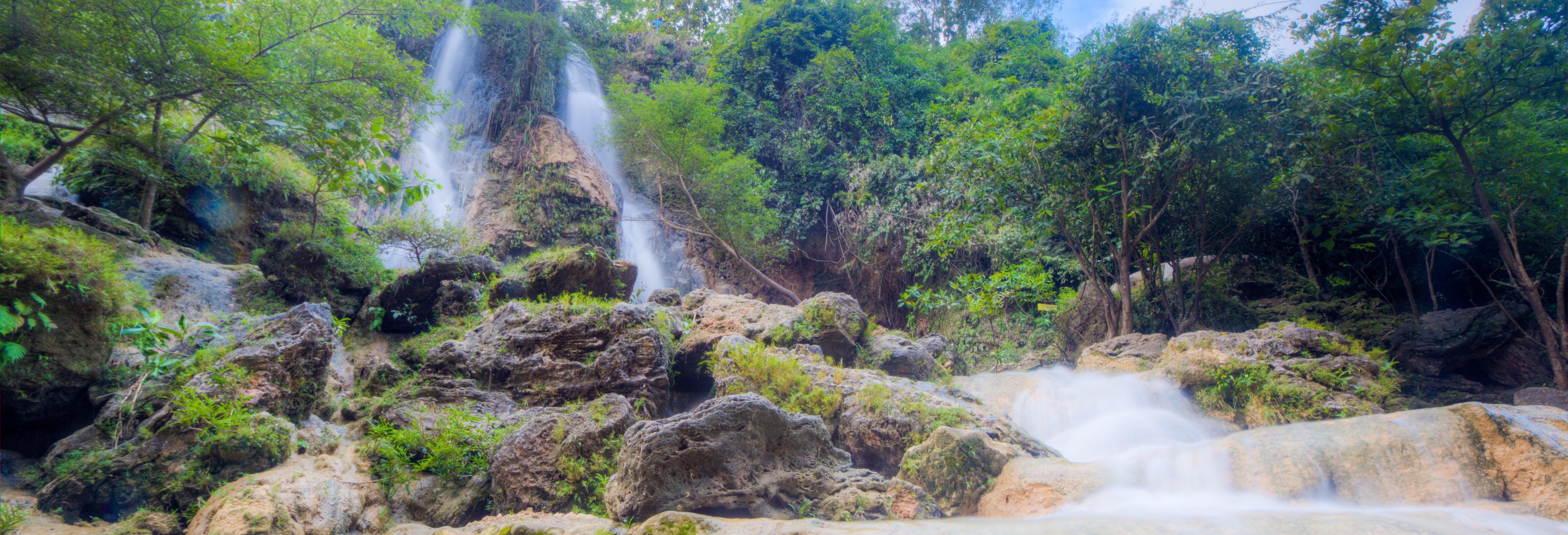 Cave Tubing nella grotta Pindul + Cascate Sri Gethuk