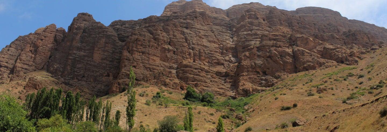 Excursão ao castelo de Alamut e ao Lago Ovan