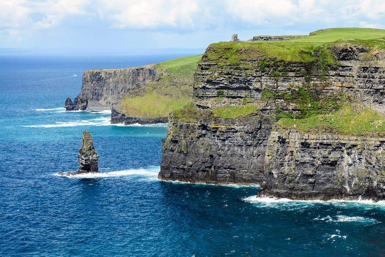 ,Excursión a Acantilados de Moher,Excursión a Galway,Con visita a los Acantilados de Moher