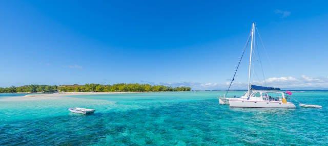 Excursión a Isla Gabriel en catamarán