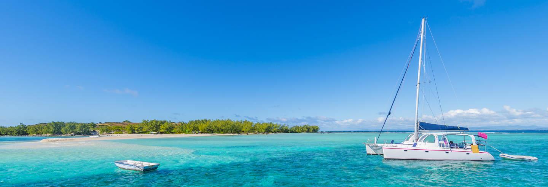 Excursão à Ilha Gabriel de catamarã