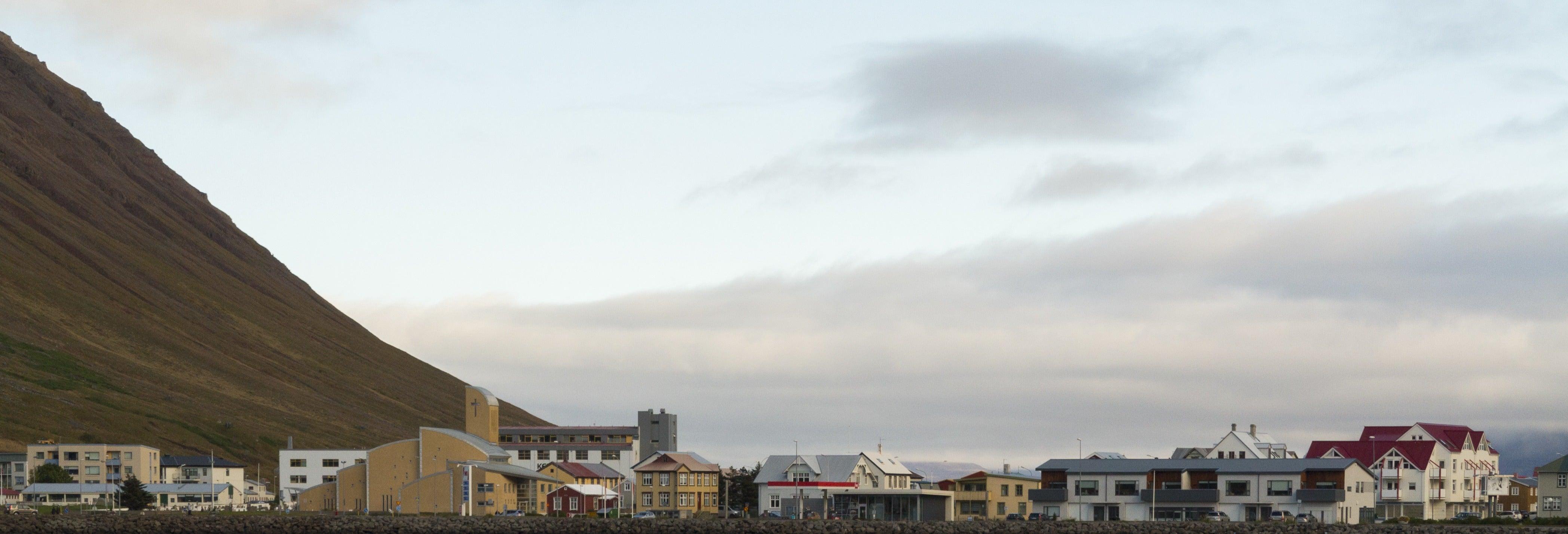 Tour de caiaque pela baía de Isafjordur