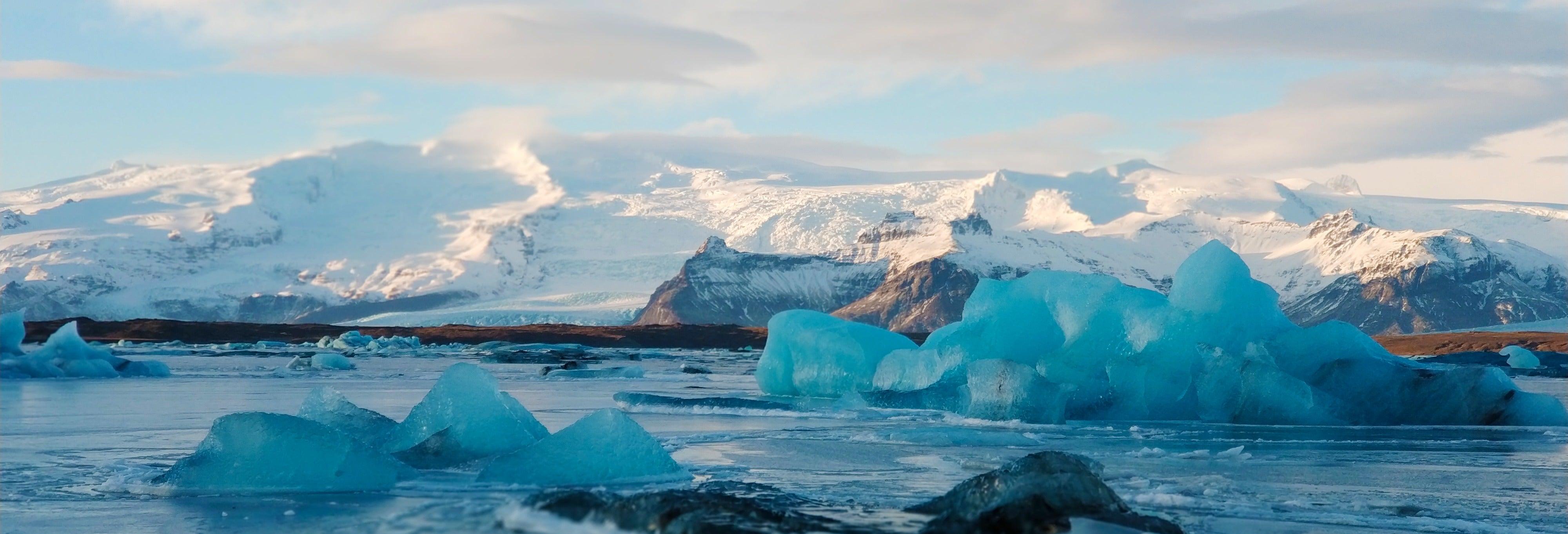Tour de 2 dias pelos glaciares do sul da Islândia