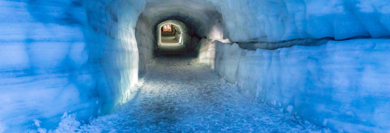 Tour pela caverna do glaciar Langjökull