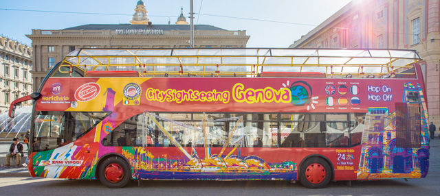 Autobus turistico di Genova