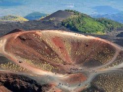 ,Excursión a Monte Etna,Excursion to Mount Etna,Excursión a Taormina,Excursion to Taormina