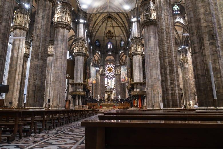 Tour por la Catedral de Milán con terraza y criptas