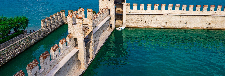 Italian Lakes Tour: Lake Como, Lake Garda & Verona