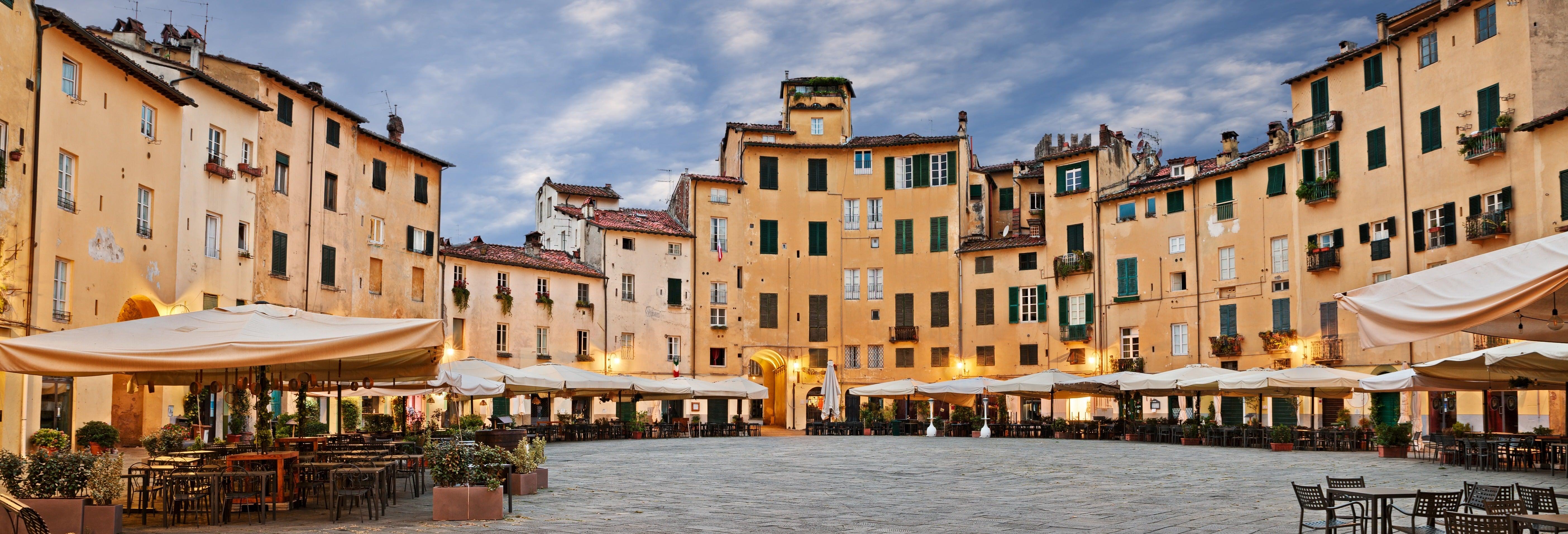 Excursão a Lucca e Pisa