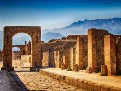 ,Tour por Nápoles,Excursión a Pompeya
